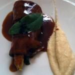 Tataky de presa ibérica espárrago blanco asado, puré de apio y agriculde de vinagre macho y miel de Barrilla