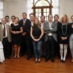 Foto de familia de los periodistas que asistieron al encuentro gastronómico del Mencey