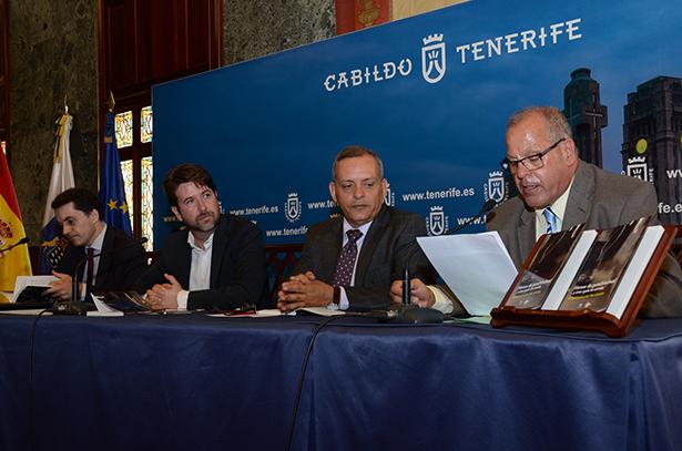 De izquierda a derecha, José Joaquín Bethencourt, Carlos Alonso, Efraín Medina y Rafael Lutzardo