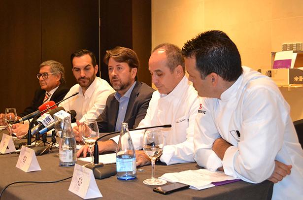 De izquierda a derecha, Miguel Ángel Santos, Mario Sandoval, Carlos Alonso, Pablo Pastor y Juan Carlos Clemente