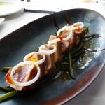 El restaurante apuesta por las carnes, pero cuida también el pescado   Foto: J.L.C.