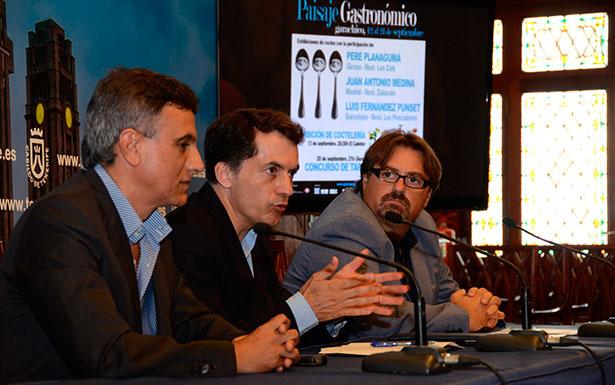 José Joaquín Bethencourt, José Heriberto González y Ángel Muñoz, durante la presentación