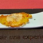 Pan ácimo de aceite de mojo y espuma caliente de almogrote   Foto: M. Villalba