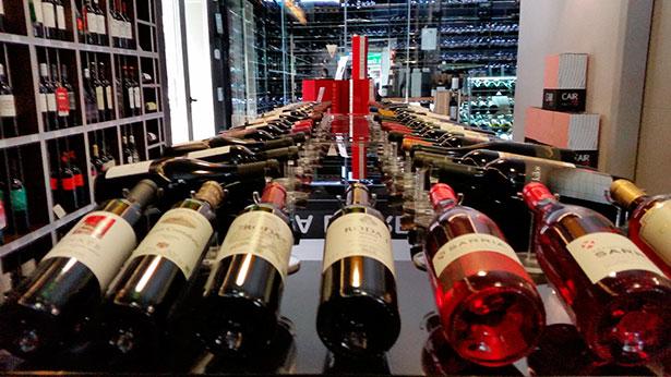 Botellas en El Gusto por el Vino   Foto: J.L.C.