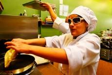 Su plato favorito es el mole, afirma Laura   Foto: EFE