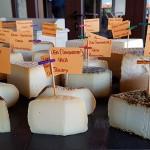 Las etiquetas evidencian el mimo de Simancas hacis sus quesos   J.L.C.