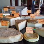 La mayoría de los quesos proceden de la isla de Gran Canaria | Foto: J.L.C.