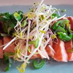 Tataky de salmón son salsa de miso   Foto: J.L.C.