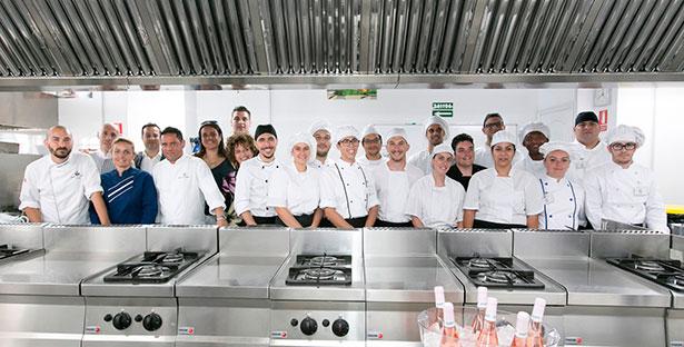Foto de familia de los participantes en la clase magistral organizada por el Grupo CIO