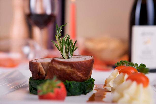 La primera edición del Larousse Gastronomique dedica nada menos que once páginas al carnero | Foto: lebaroque-pontorson.fr