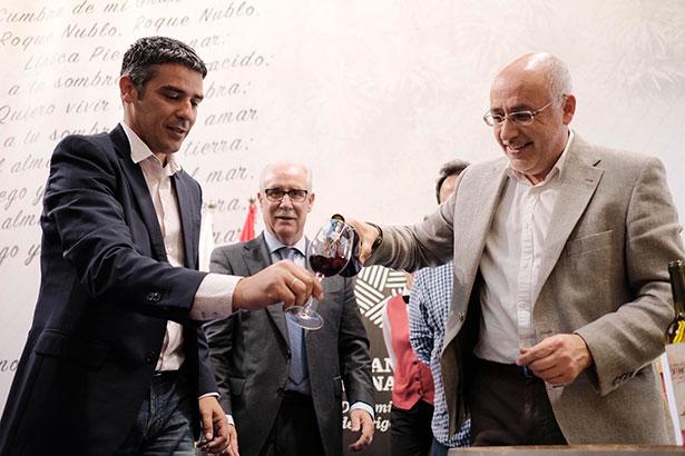 El presidente del Cabildo, Antonio Morales y el consejero de Agricultura del Gobierno canario, Narvay Quintero | Foto: Cabildo de Gran Canaria