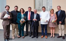 Ansón, durante su última visita a Tenerife para entregar a Juan Carlos Padrón, el premio de Chef del Futuro | Foto: Sergio Méndez