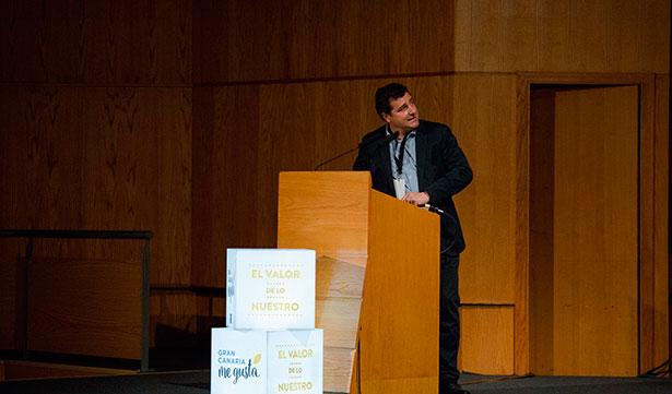 Josep Roca, durante su exposición