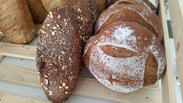 No se puede asegurar que haya un pan más saludable | Foto: J.L.C.