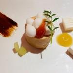 Queso ahumado de Finca de Uga, foie-gras, manzana verde y guayaba | Foto: J.L.C.