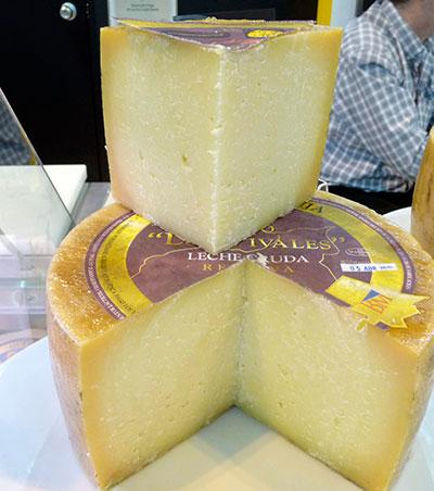 Los quesos, son excelentes fuentes de umami, según Kuriwaki | Foto: EFE/Paco Torrente