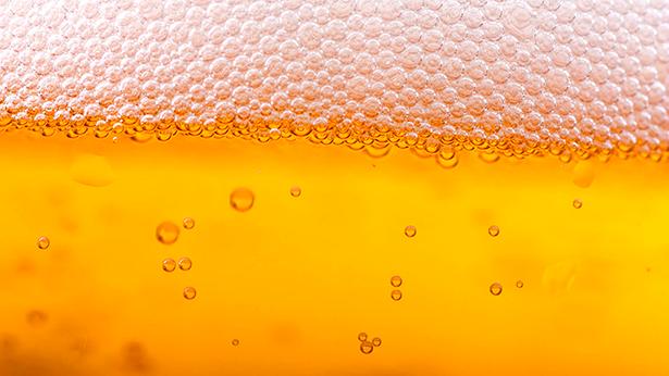 La cerveza es la bebida preferida para el verano