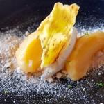 Crema de limón con pastelera de jengibre, tierra de mimos y tejas de sésamo | Foto: J.L.C.
