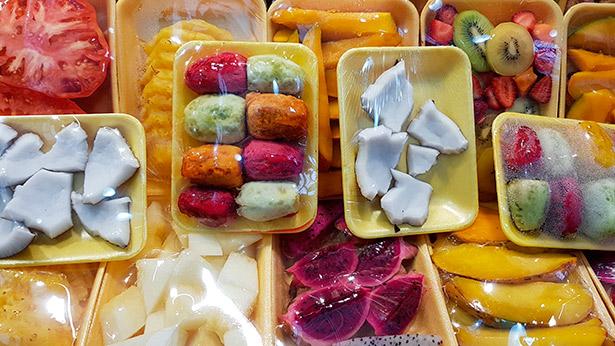 Puesto de frutas en el Mercado de Vegueta | Foto: J.L.C.