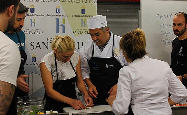 El chef Nobuyuki Kawai, durante la jornada de formación