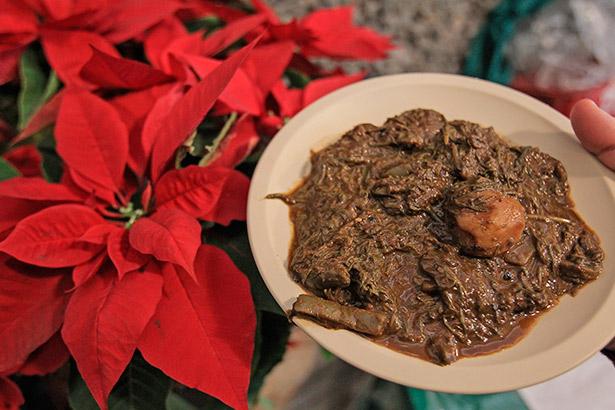 Plato tradicional de la cena de Navidad en Ciudad de México | Foto EFE/Alex Cruz.