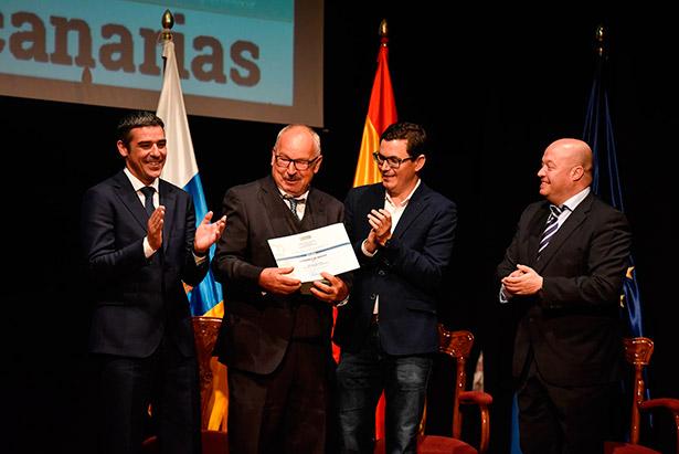 Manuel Marrero recoge el galardón de Mejor Vino de Canarias