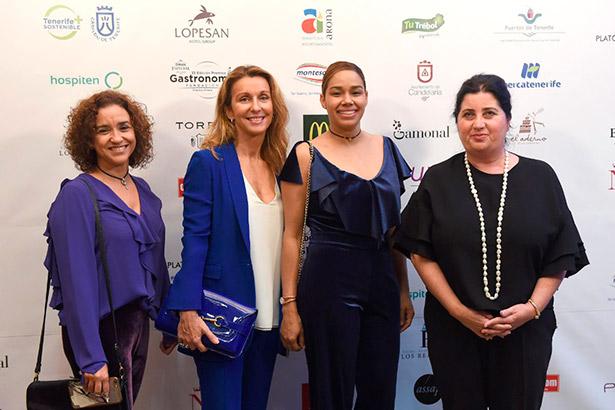 De izquierda a derecha, Marta León, Luisa Orlando, María Marte y Maite Carreño, en la entrega de los Premios de Gastronomía de Diario de Avisos | Foto: Sergio Méndez