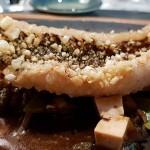 Vieja frita con salsa de ostra, jengibre y tirabeques, de Tadashi Tagami | Foto: J.L.C.