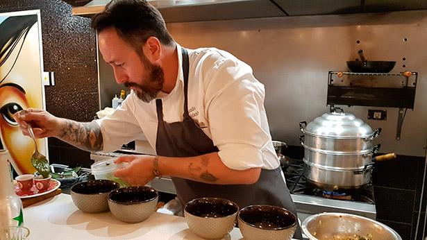 El chef Armando Saldanha ha diseñado el menú de las jornadas | Foto: J.L.C.