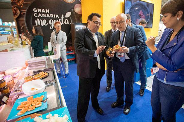 El presidente del Cabildo de Gran Canaria, en el stand de Alimentaria