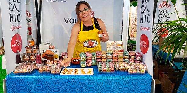 Deleite Canario, de Firgas, trajo sus mermeladas de verduras, como calabaza con papaya, calabacín o berros   Foto: abocados.es