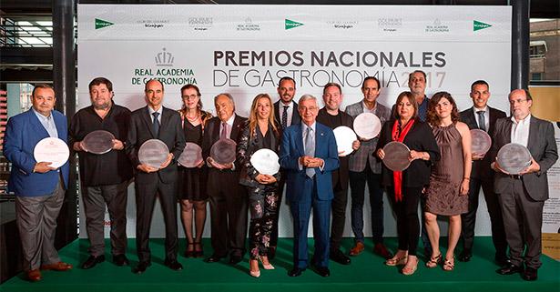 Foto de familia de los premiados | Foto: RAG