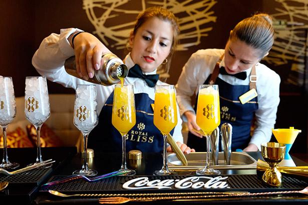 La coctelería busca un hueco para sustituir a la cerveza o el vino en las comidas