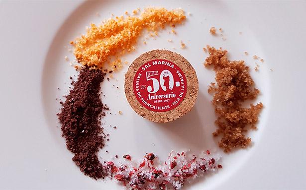Las nuevas variedades de Flor de Sal: chocolate, almogrote, café y pimienta rosa | Foto: C. Ruano