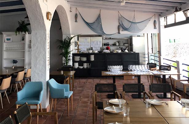 Vista del comedor del restaurante Muelle Viejo