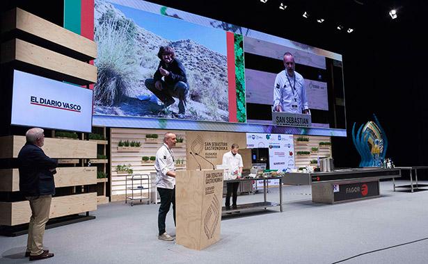 De la Calle, propietario de El Invernadero de Madrid, con una estrella Michelin, ha recomendado comprar a granel y evitar los productos envasados | Foto: Coconut