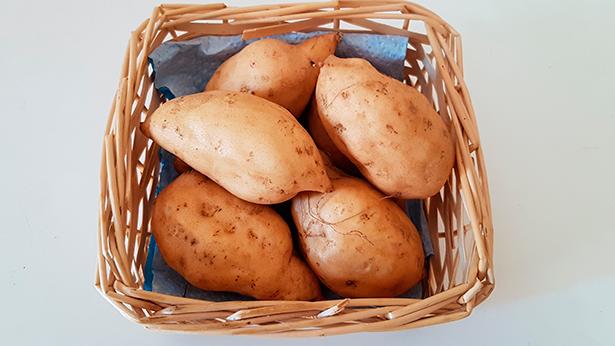Batatas del Mercado del Agricultor de Candelaria | Foto: J. L. Conde