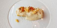 Canelón de cochinillo y boletus, bechamel de papa bonita y castañas garrapiñadas | Foto: J. L. Conde