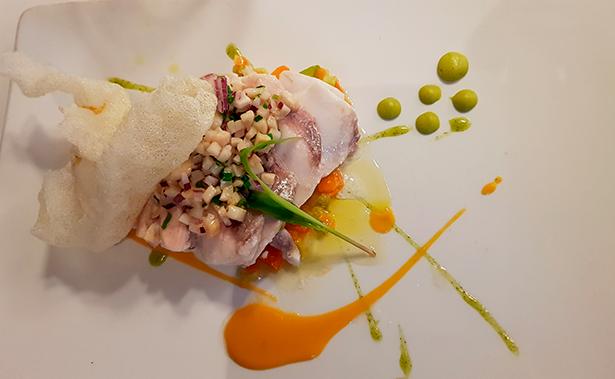 Romerete, un pescado que domina Alberto González Margallo | Foto; J. L. Conde