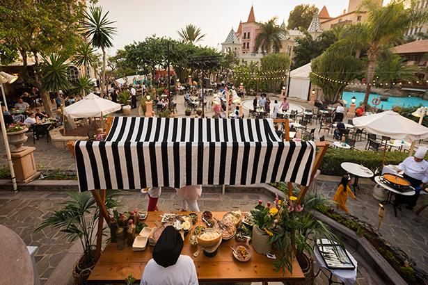Street food celebrado en el hotel Bahía del Duque