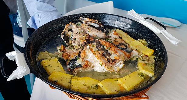 Cazuela de merluza. Restaurante El Risco | Foto: J. L. Conde