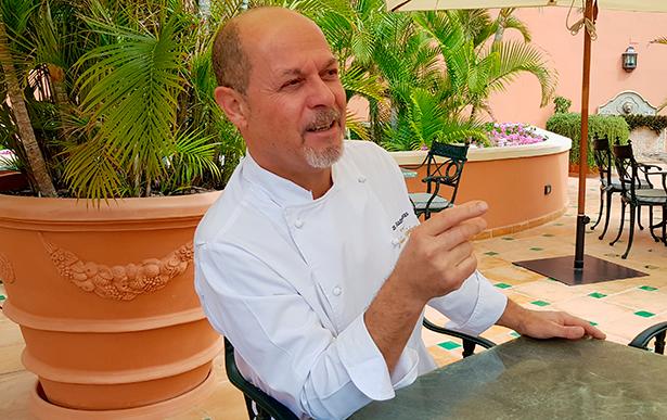 Jesús González, chef de Bogey, en el hotel Las Madrigueras  | Foto: José L. Conde