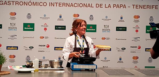 Lola Cuerda, de Casa Dani, ganadora del campeonato   de tortillas de papas | Foto: José L. Conde