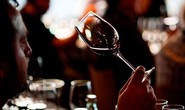 Un panel de catadores profesionales del Archipiélago seleccionó las 34 producciones premiadas entre 173 vinos que se presentaron al concurso | Foto: Coconut