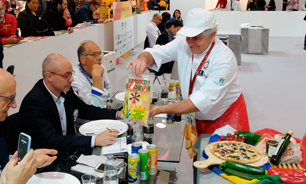 El producto grancanario ha sido el protagonista de la receta que realizó la familia Tavani en este certamen