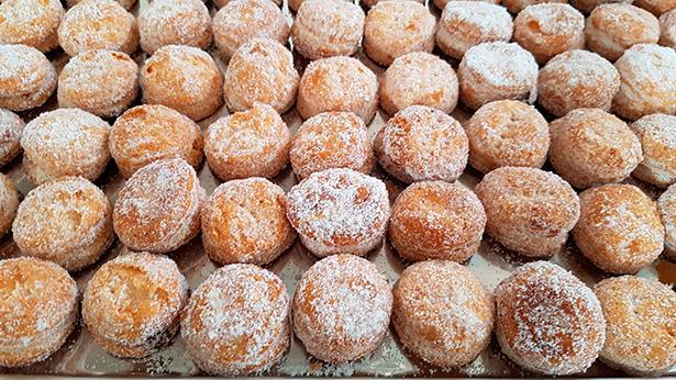 Pastelería, confitería, repostería, bollería, chocolatería, heladería y bombonería tienen su espacio en el Gremi de Pastisseria de Barcelona