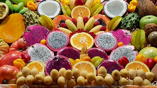 Puesto de frutas en el Mercado de Vegueta, en Las Palmas de Gran Canaria | Foto: J. L. Conde