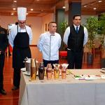 Directivos y profesores del Hotel Escuela de Santa Cruz, con el chef Rubén Cabrera   Foto: J. L. Conde