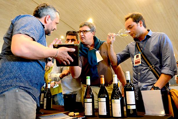El Tasting Room es un gran salón de cata en el que más de 40 bodegueros tendrán la oportunidad de presentar ante el público sus vinos   Foto: Sergio Méndez