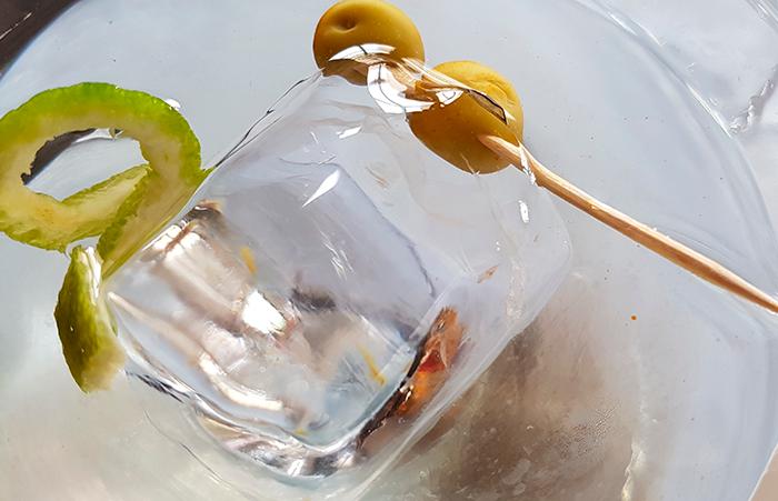 No se debería tolerar ningún tipo de relación entre los gobiernos y la industria del alcohol, según los expertos | Foto: José L. Conde
